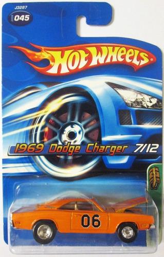 Hot Wheels T-hunt  Dodge Charger Ruedas De Goma E/1:64