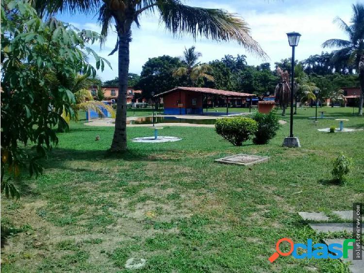 Se vende Casa de Campo en Higuerote Amoblada