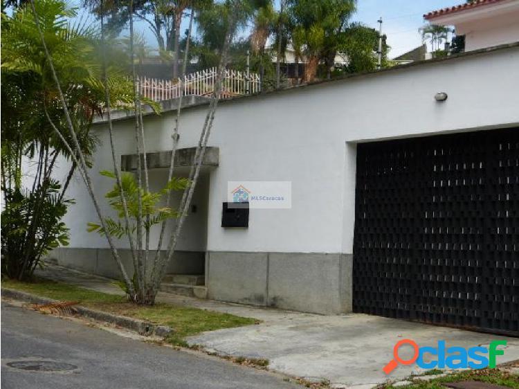 Venta Casa 837 M2/ 6h/5.5b/8+p. Prados del Este