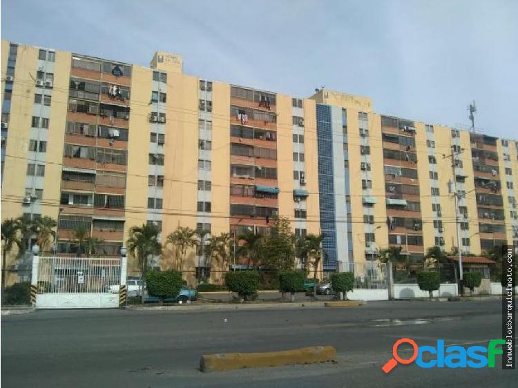 Apartamento en Venta OEste Barquisimeto 20-7563 As
