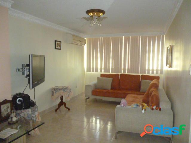 RAH: 20-6029. Apartamento en venta Las Trinitarias