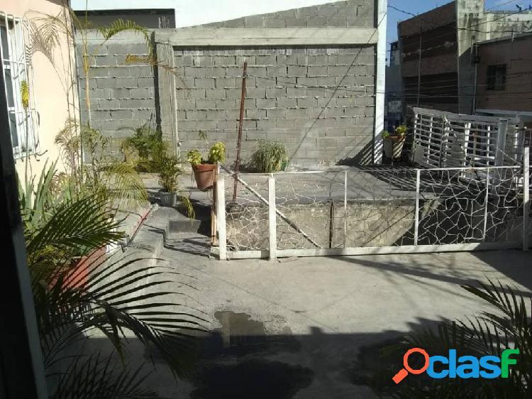 RAH: 20-6409. Local en venta en Barquisimeto