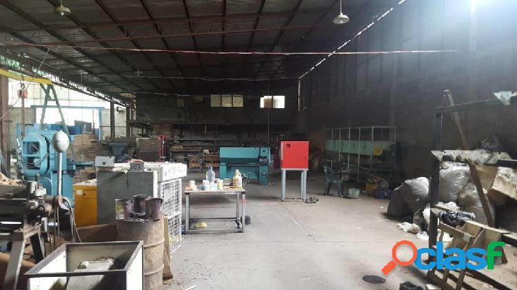 RAH: 20-682. Galpon Industrial en venta en Centro