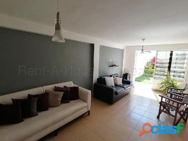 RAH: 20-6992. Casa en venta Villas Del Golf Plaza