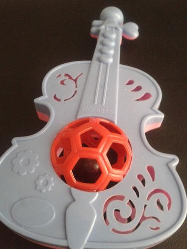 Sonajero De Bebé Guitarra De Coco En Tonos Rosado Y Lila