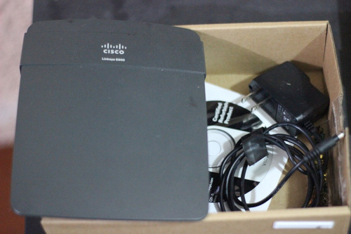 Router Cisco Linksys N300 E900