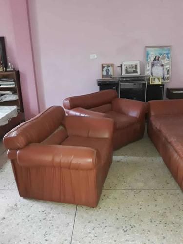 Juego De Muebles En Semi Cuero Para Oficina, Casa O Habitaci
