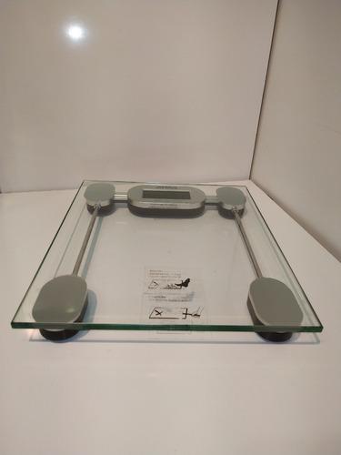 Balanza Peso Digital De Baño Marca Atma De Vidrio Templado
