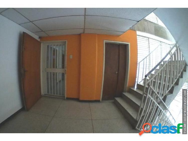 Oficina Alquiler Centro Barquisimeto 20-6505 YB