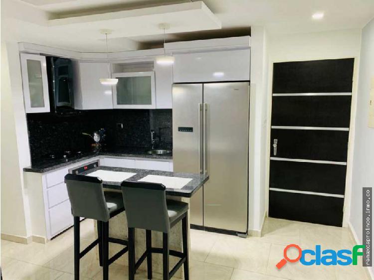 Se vende moderno y cómodo apartamento en mañongo