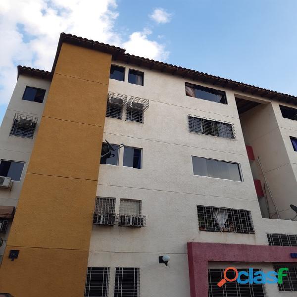Apartamento en Venta en Conj Res San Jose FOA 896