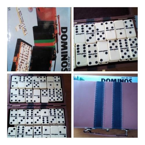 Juego De Domino En Su Estuche