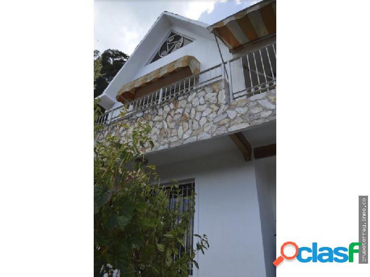 Casa + Anexo La Suiza San Antonio de Los Altos