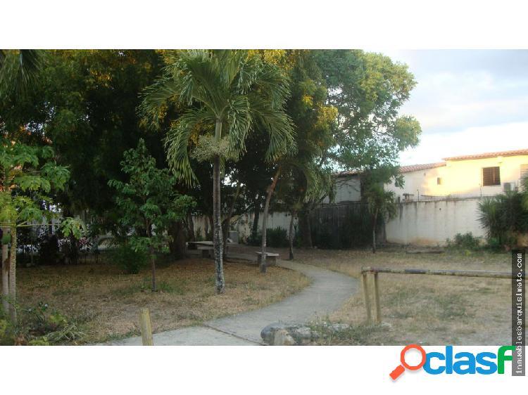Casa Venta Los Pinos Cabudare 20-5335 YB