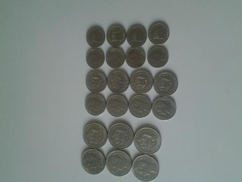 Colecion De Monedas De Bs. 1-2 Y Un Real Diferentes Años.