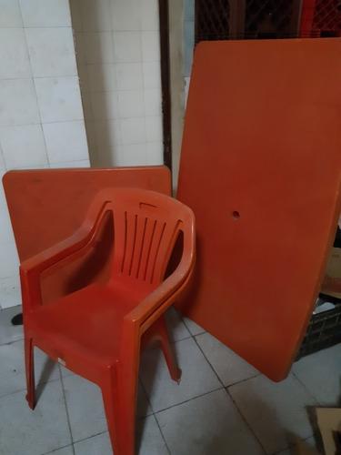 Mesas Y Sillas Plásticas Usadas