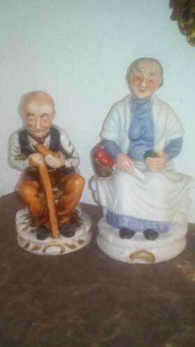Pareja Viejitos Porcelana Fina Italiana Biscuit 5us $
