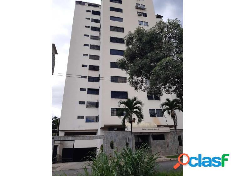 Apartamento en Valles de Camoruco. GLA-219