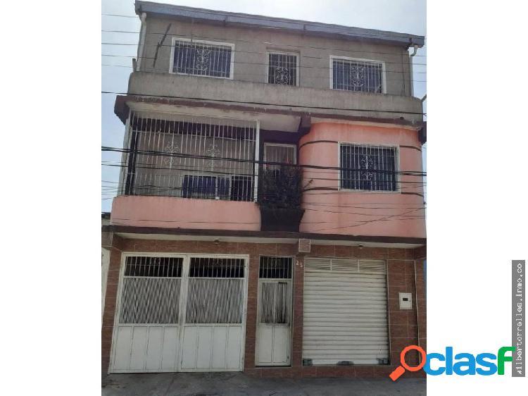 Casa en Venta Urbanizacion San Ignasio Maracay