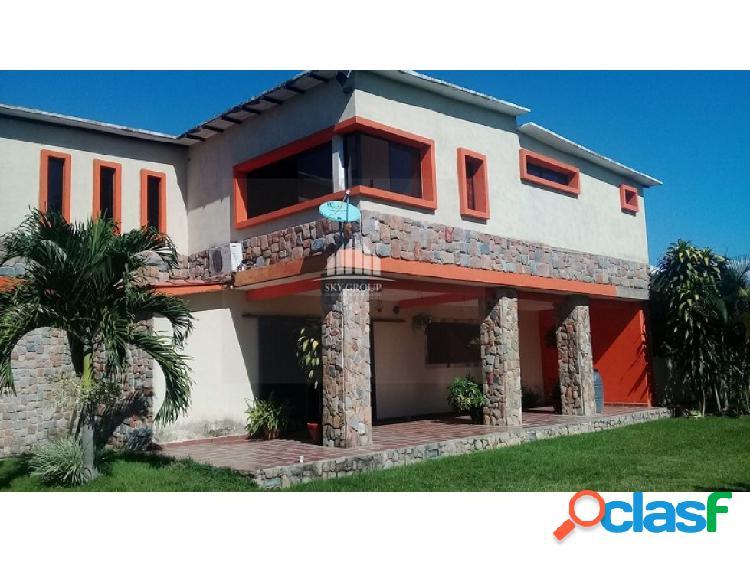 (MAC-597) Casa Safary Country