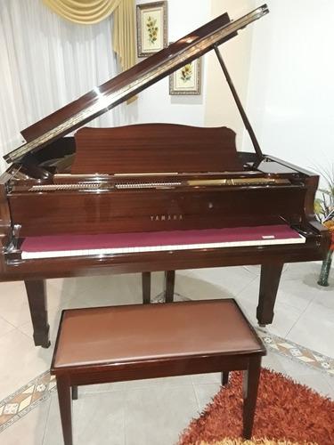 Piano Yamaha 1/4 De Cola