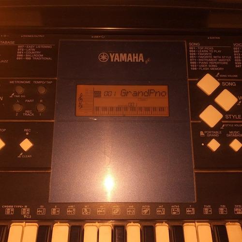 Piano Yamaha E333
