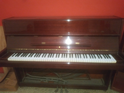 Vendo Piano Vertical Yamaha