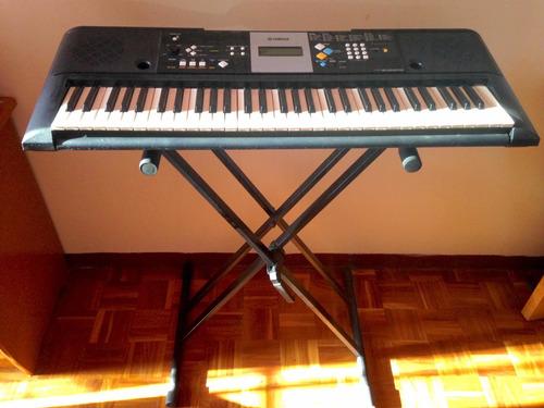 Vendo Piano Yahama E-223