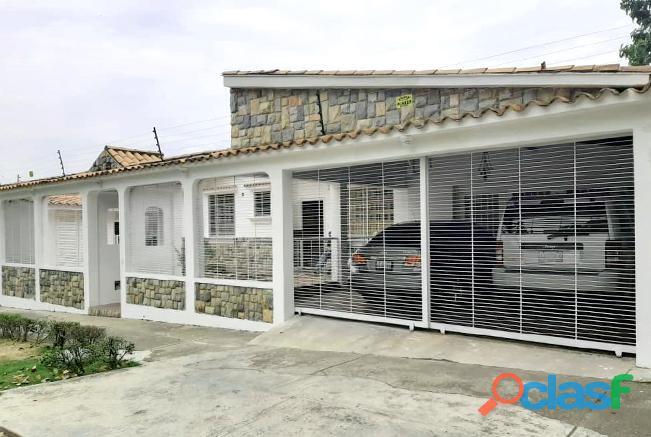 Rosangela Mendoza Vende Casa Urb. El Parral RCS19