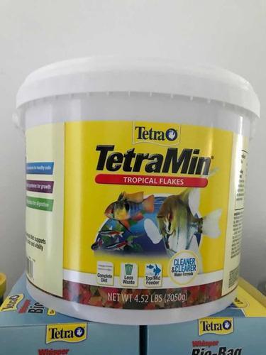 Alimento Para Peces Tetramin Tropical Flakes 2050g 120vrdes