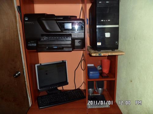 Computadora De Mesa (amd Sempron, 4gb)
