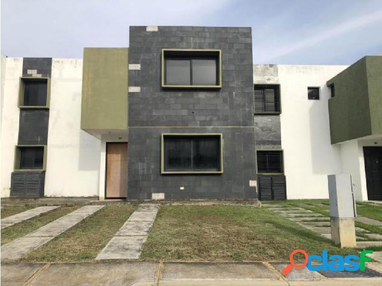 Casa en Venta cabudare 20-3234 JRH