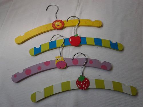 Ganchos De Madera Pintados Para Niños - Precio X 4 Ganchos