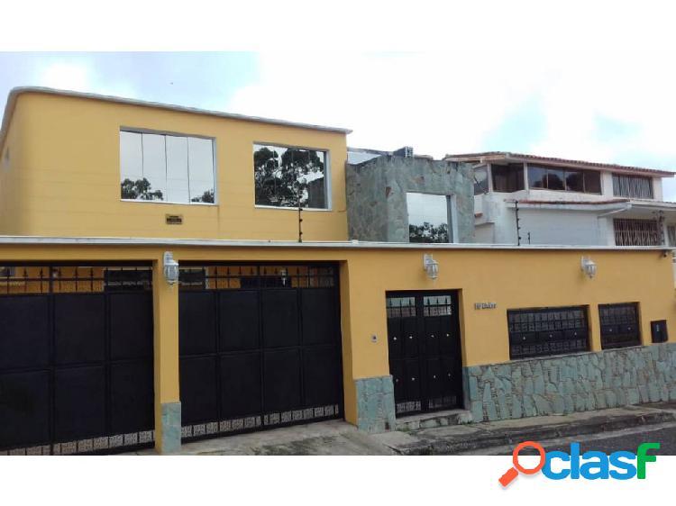 San Antonio Casa Dos Niv Res Parque El Retiro