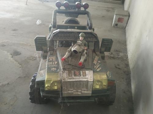 Carro Eléctrico Jeep Dé Juguete Usado