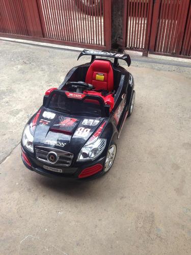 Carro Eléctrico Para Niños En Perfecto Estado De Uso