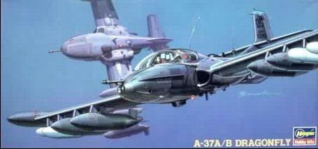 A-37a/b Dragonfly (kit Plástico), 1/72 Hasegawa.