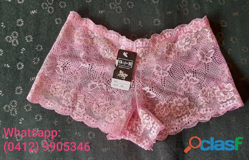 Cachetero de dama con encaje ropa interior