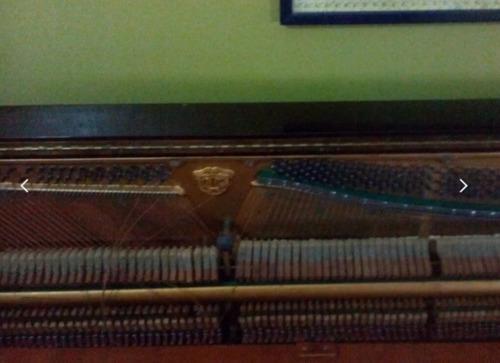 Piano Vertical Horugel