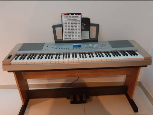 Piano Yamaha Casi Nuevo. En Excelentes Condiciones.