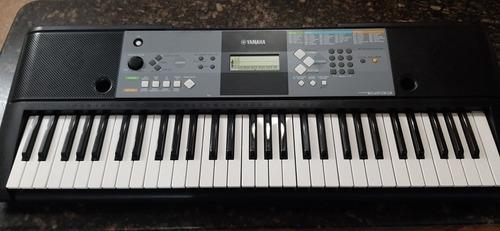 Teclado Piano Yamaha Modelo Psre233