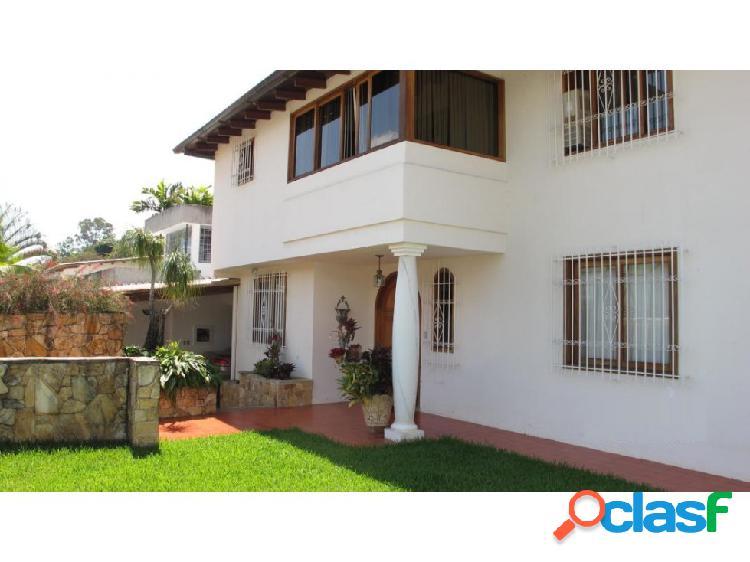 Casa en Venta Santa Paula FR5 MLS15-2975