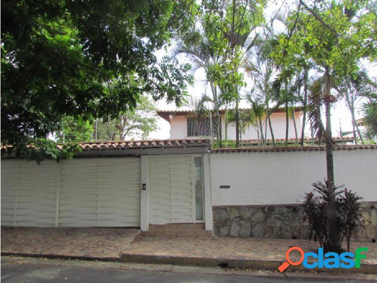 Casa en Venta Santa Paula FR5 MLS19-1927