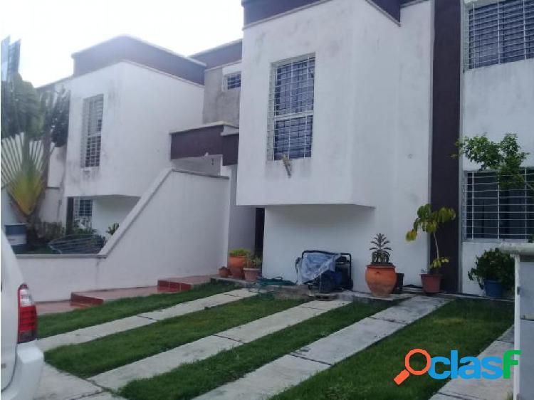 Casa en venta Cabudare LA Puerta 20-1621 AS