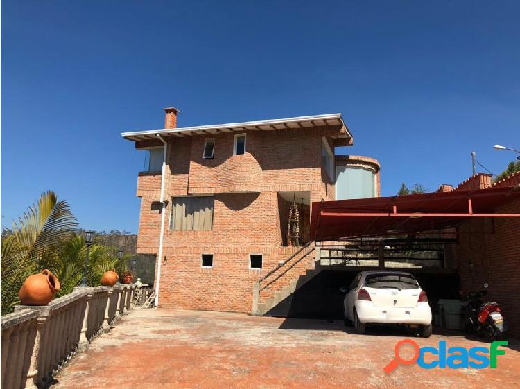 San Antonio Casa Dos Niv + Dos Aptos Club de Campo