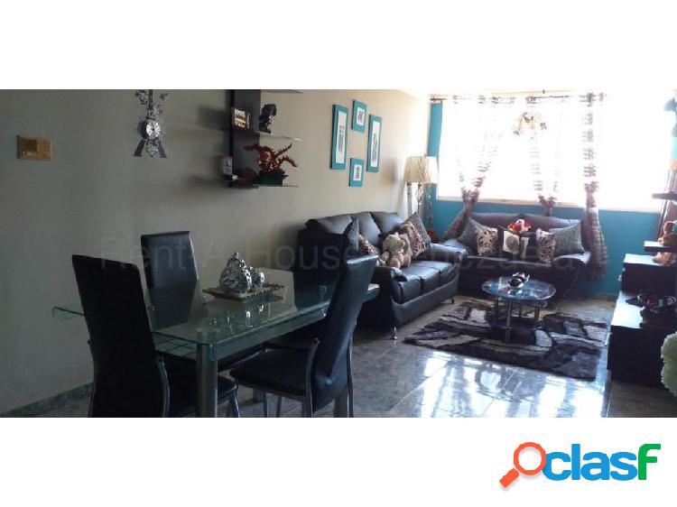 Apartamento venta Este Barquisimeto 20-7401 F&M