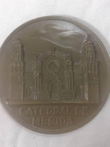 Medalla Conmemorativa 400 Años De Merida