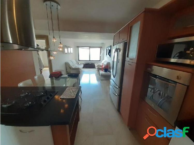 Apartamento en Alquiler Zona Este 20-2581 zegm