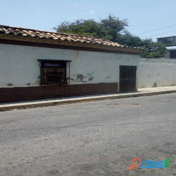 Casa en Venta Zona Centro de Carora. NEGOCIABLE