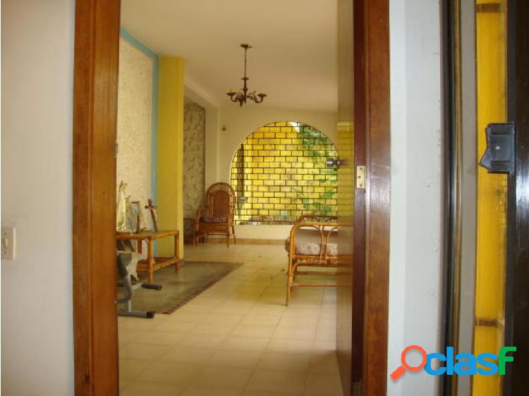 Casa en Venta Colinas Santa Rosa 20-2277 zegm